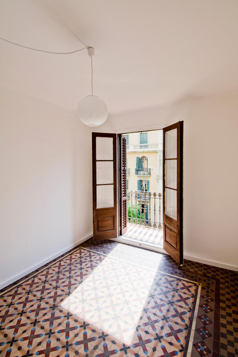 Reforma de una vivienda del eixample metalocus - Calle casp barcelona ...