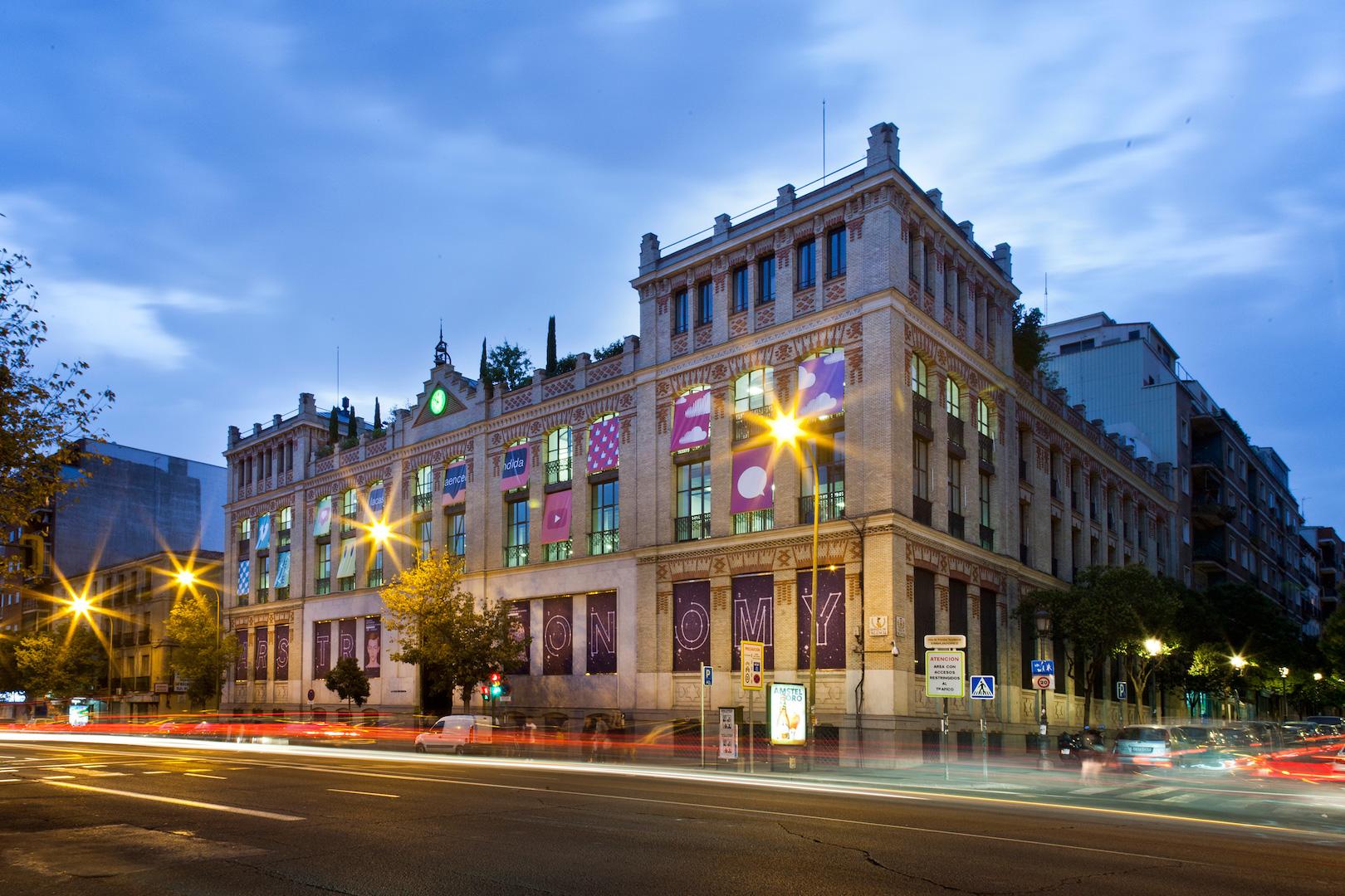 La casa encendida medalla de honor de la real academia de for La casa encendida restaurante madrid