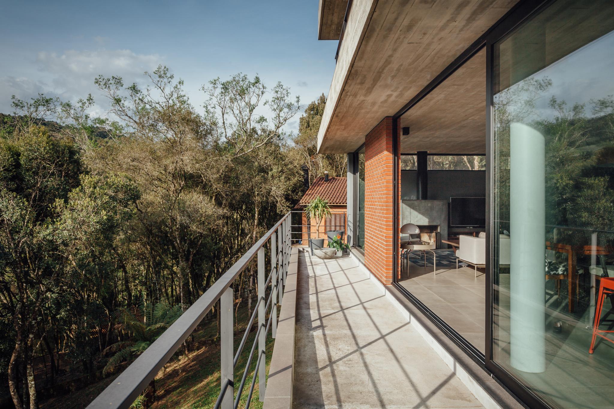 Casa pereira narvaes por sucra arquitetura design - Arquitectura pereira ...