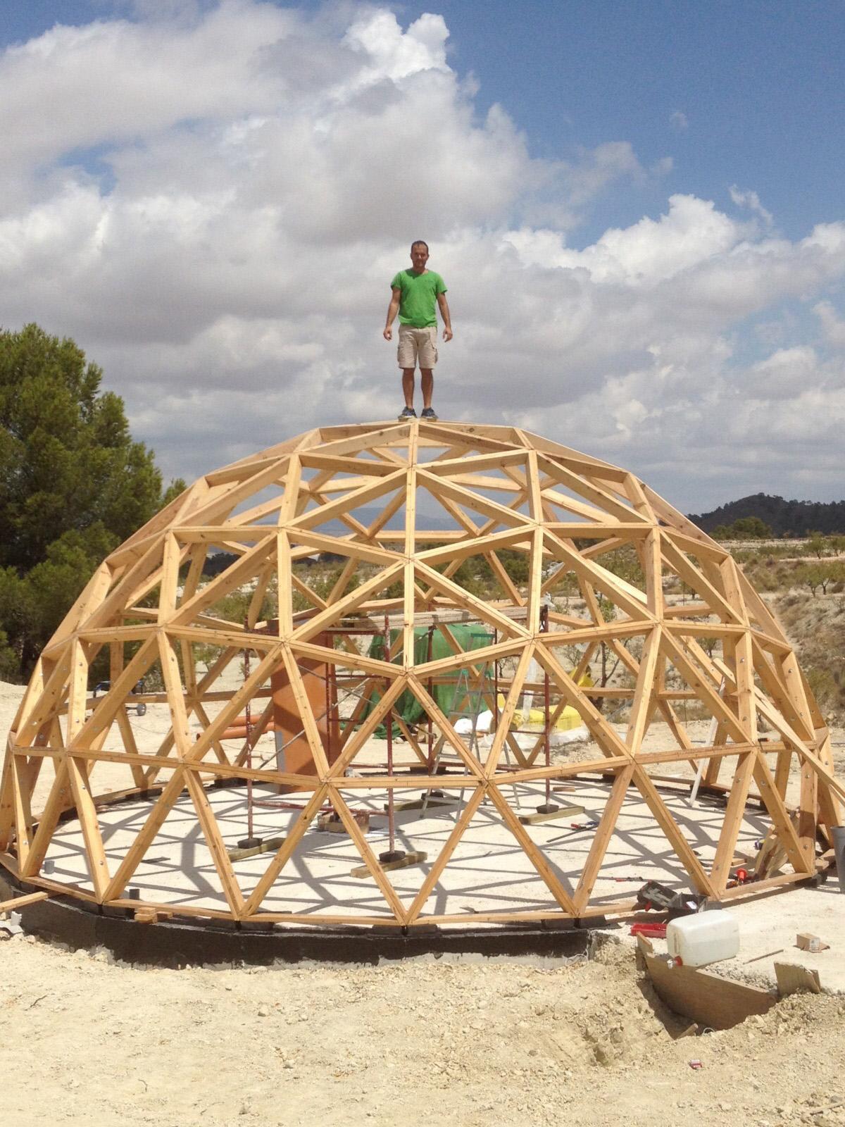 Vivienda geod sica y autosuficiente por ecoproyecta - Casas geodesicas ...