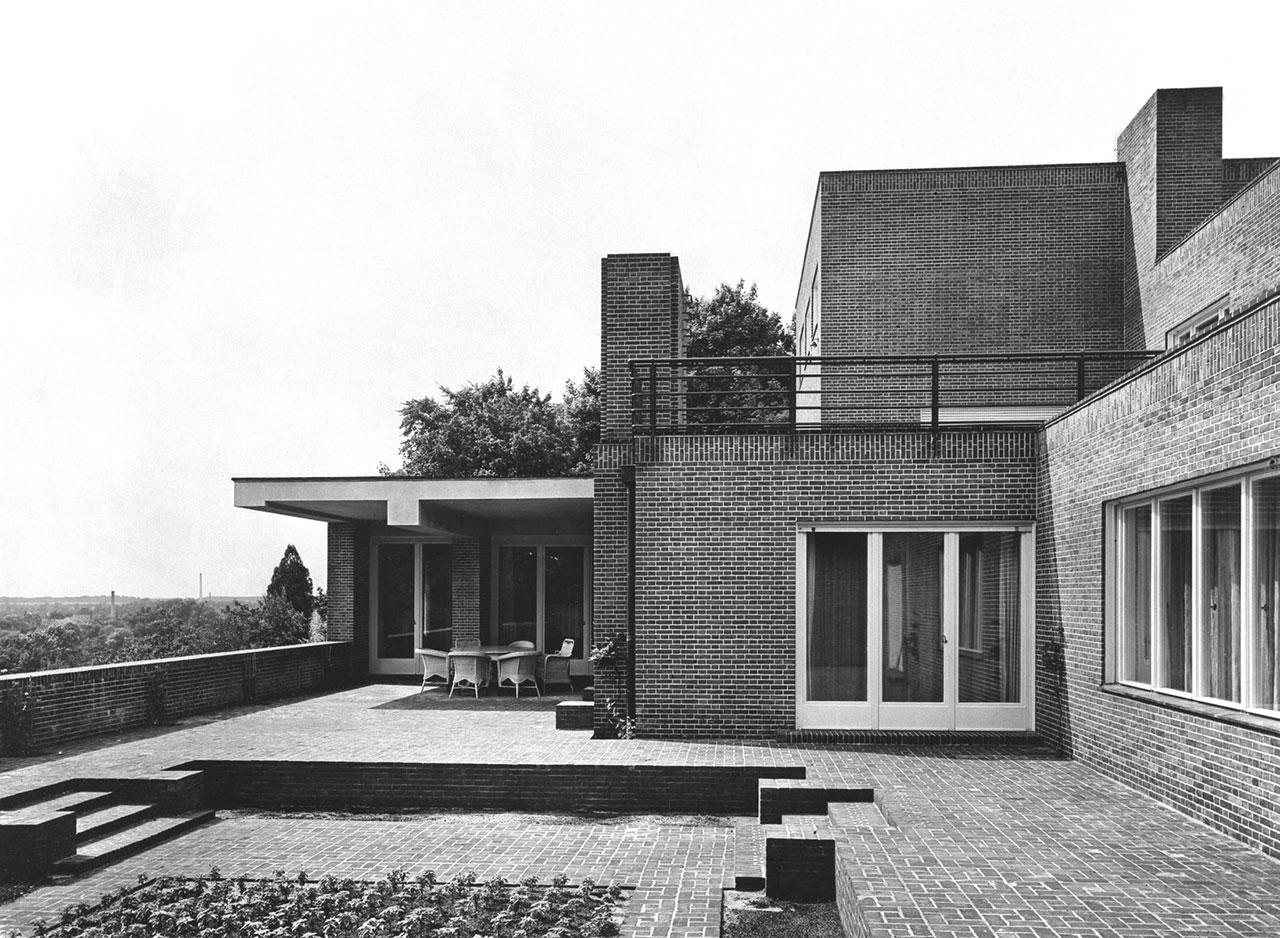 Debate acerca de la casa wolf de mies van der rohe metalocus for Casa minimalista de mies van der rohe