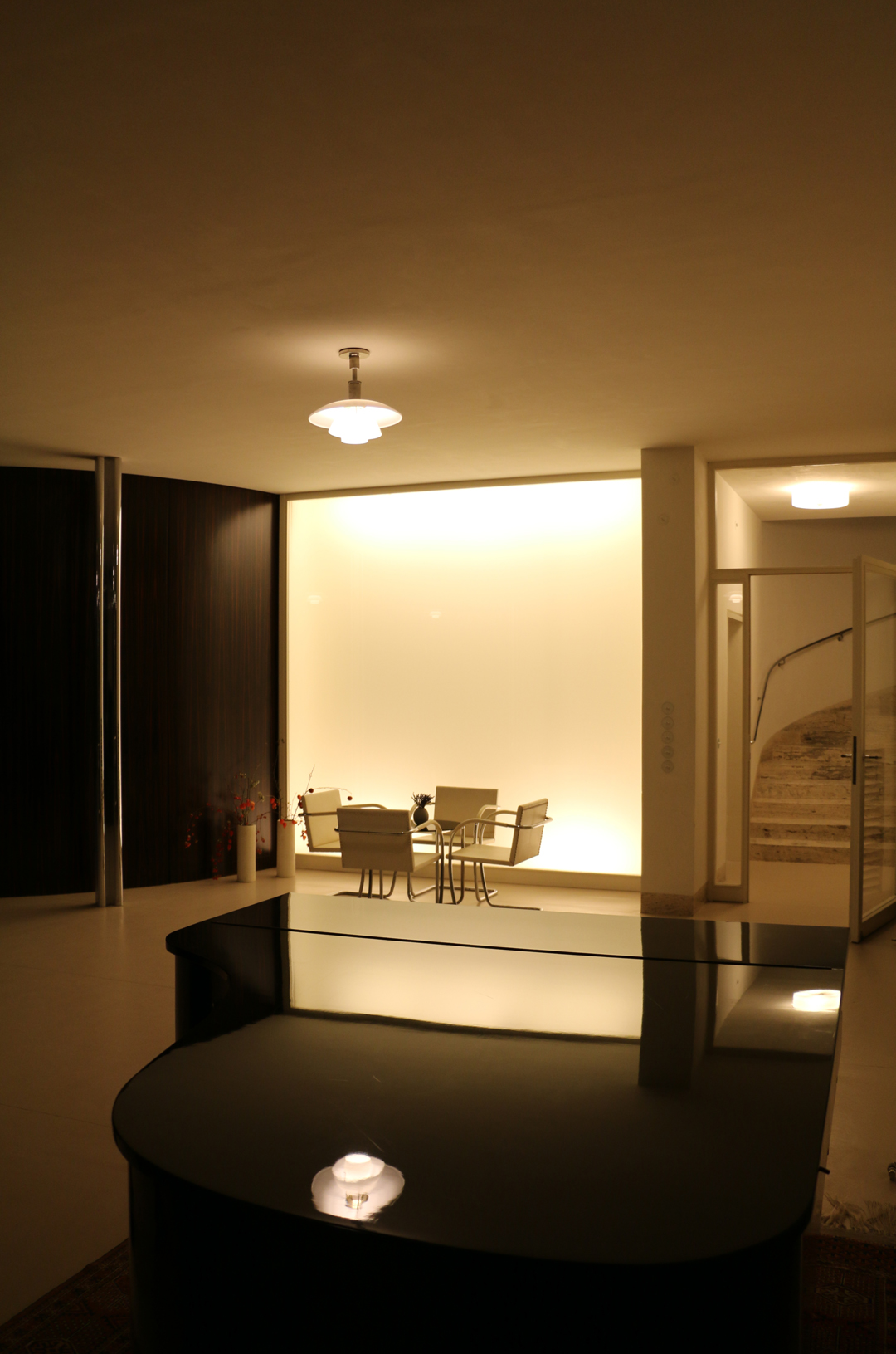 tugendhat house by ludwig mies van der rohe metalocus. Black Bedroom Furniture Sets. Home Design Ideas