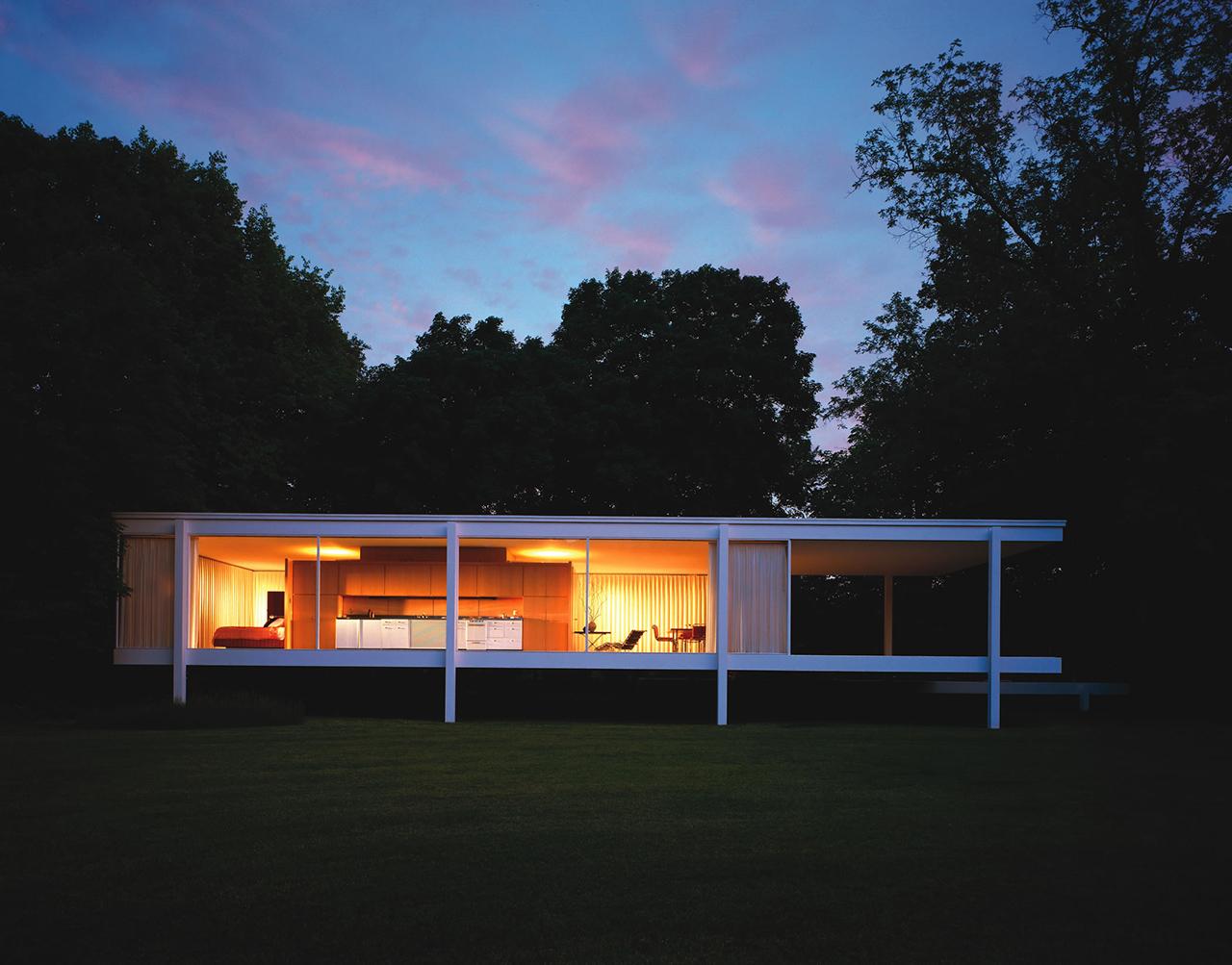 Plan para levantar la casa farnsworth por encima de las for Casa minimalista de mies van der rohe
