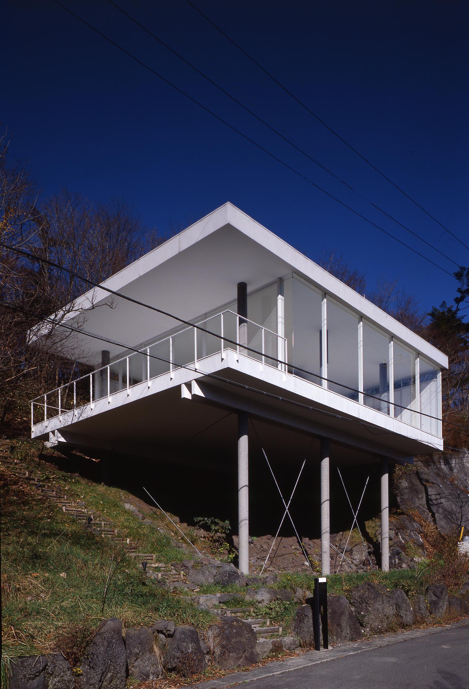 Bio Shigeru Ban 2014 Pritzker Architecture Prize