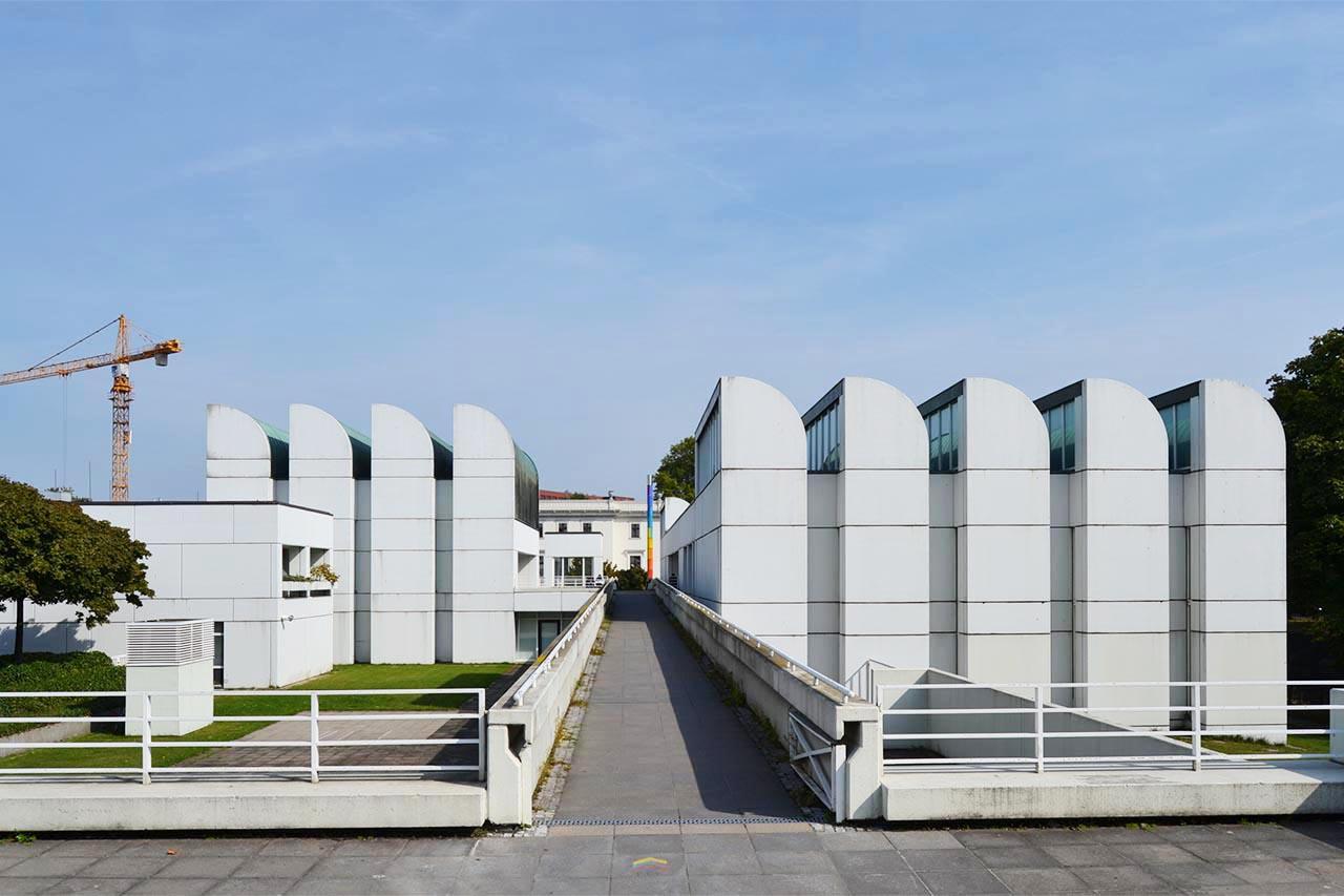 El ltimo legado de walter gropius los archivos de la for Bauhaus berlin edificio