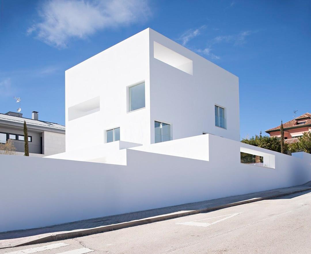 Blanco constante casa cala por alberto campo baeza for Architecture minimaliste