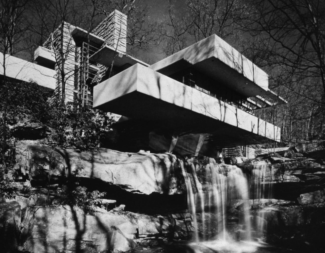 Frank Lloyd Wright Arizona >> 80 años de la Casa de la Cascada, de Frank Lloyd Wright   METALOCUS