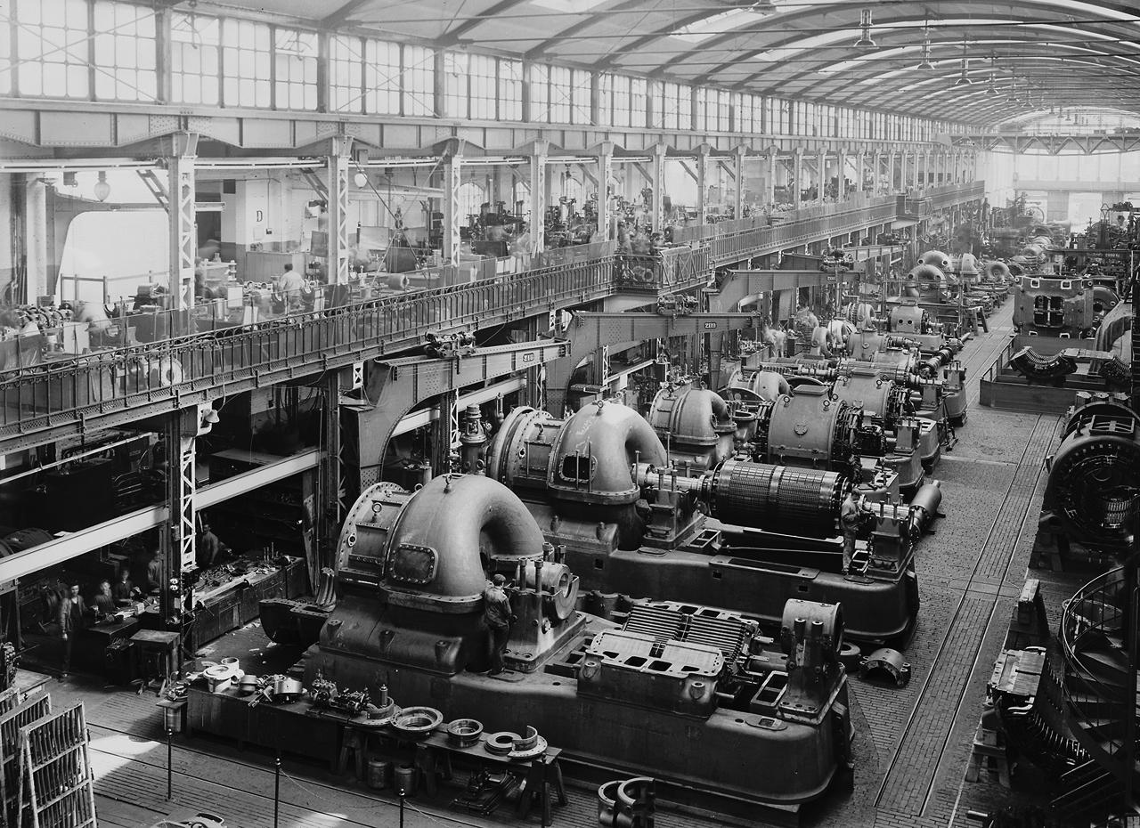 Aeg turbine factory milestone of the industrialization for Peter behrens aeg turbine factory