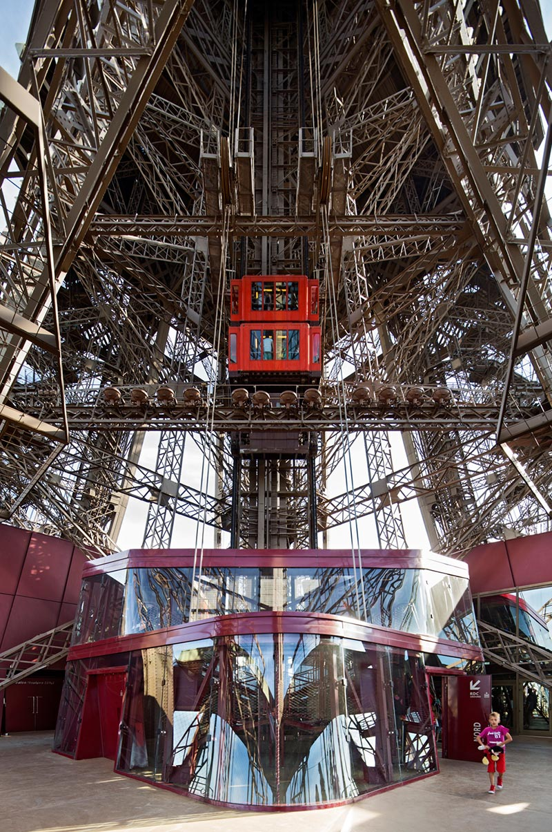 Eiffel Tower New Facilities On The 1st Floor By Moatti
