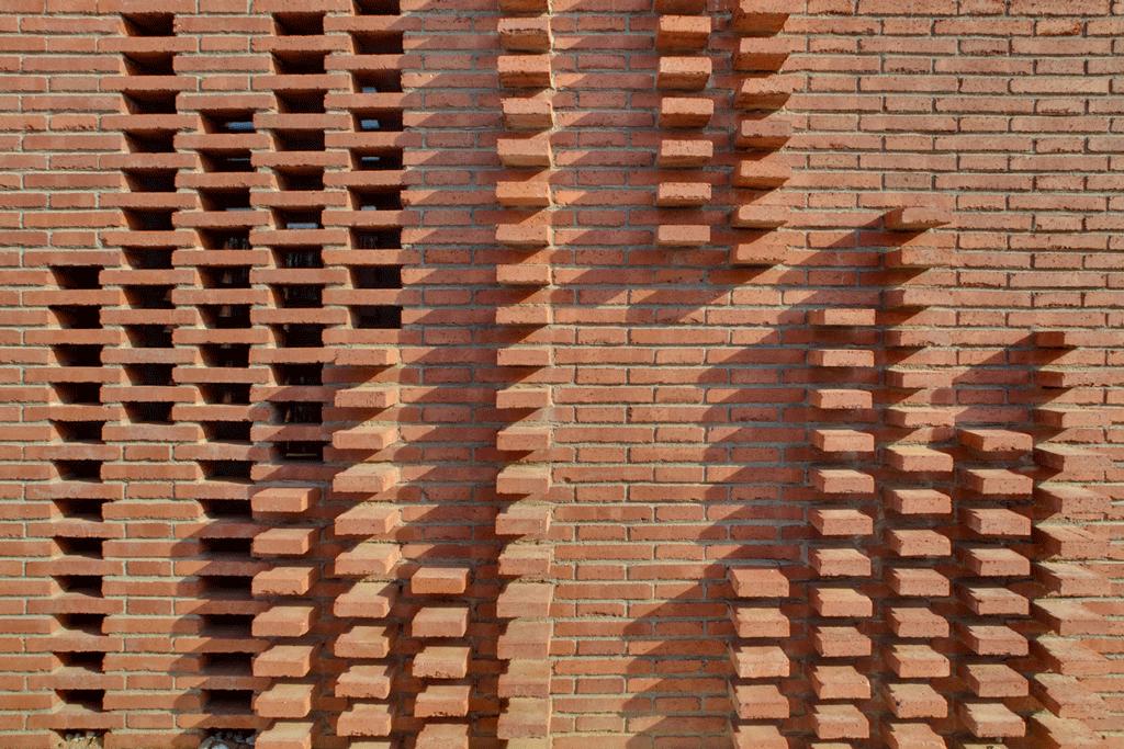 Casa en alpicat metalocus - Ladrillos de hormigon ...