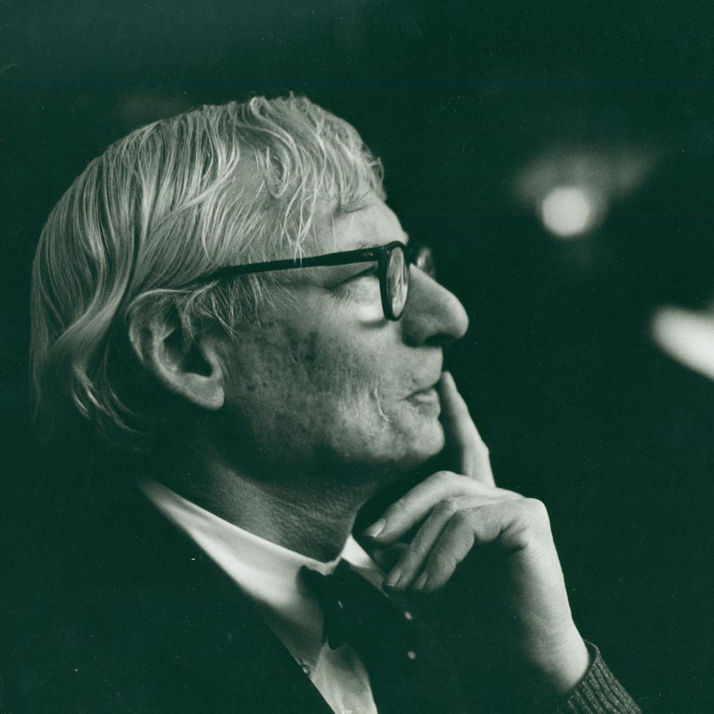 louis kahn Louis kahn: essential texts [louis i kahn, robert twombly] on amazoncom  free shipping on qualifying offers a thoughtful selection of the celebrated.