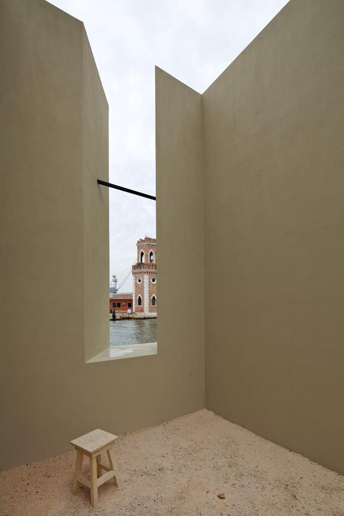 """Contribución a la Bienal de Venecia, 2012. """"Windows"""" por Eduardo Souto de Moura"""