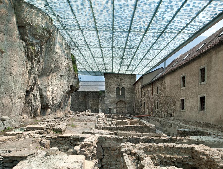 Abadía de St Maurice. Savioz Fabrizzi Architectes. Fotografía © Thomas Jantscher