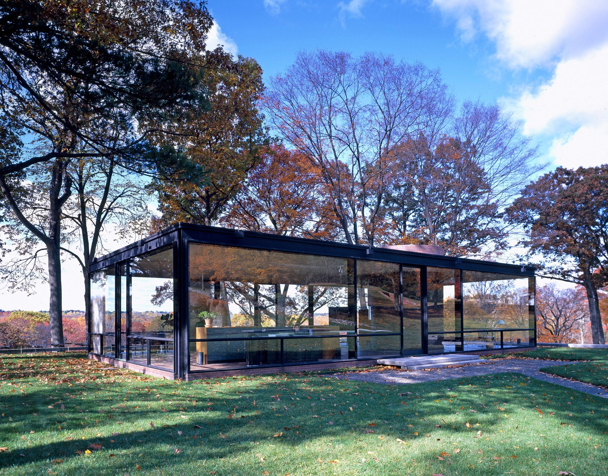 "Glass House, a National ""Trust Historic Site in New Canaan, Connecticut"". Cortesía de Carol Highsmith"