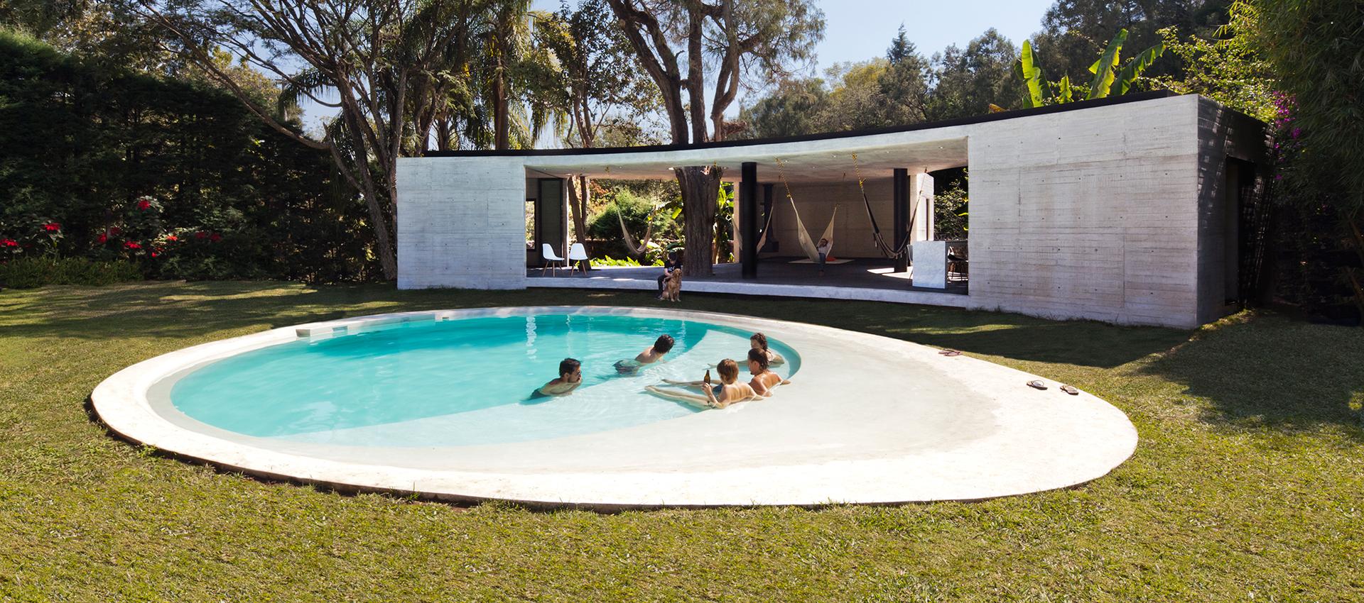 Lounge Tepoztlan por Cadaval & Solà-Morales. Fotografía © Diego Berruecos