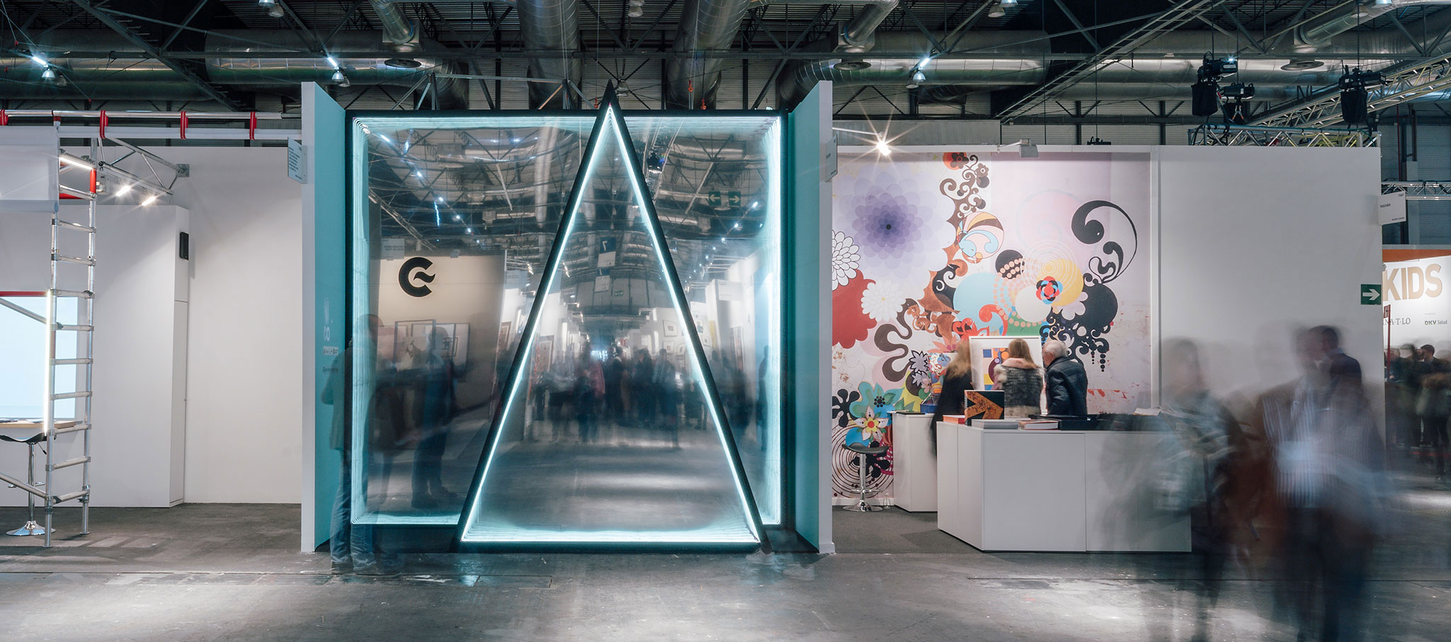 Stand 104 VAV for the AECID in ARCO international fair by elii. Photograph © ImagenSubliminal