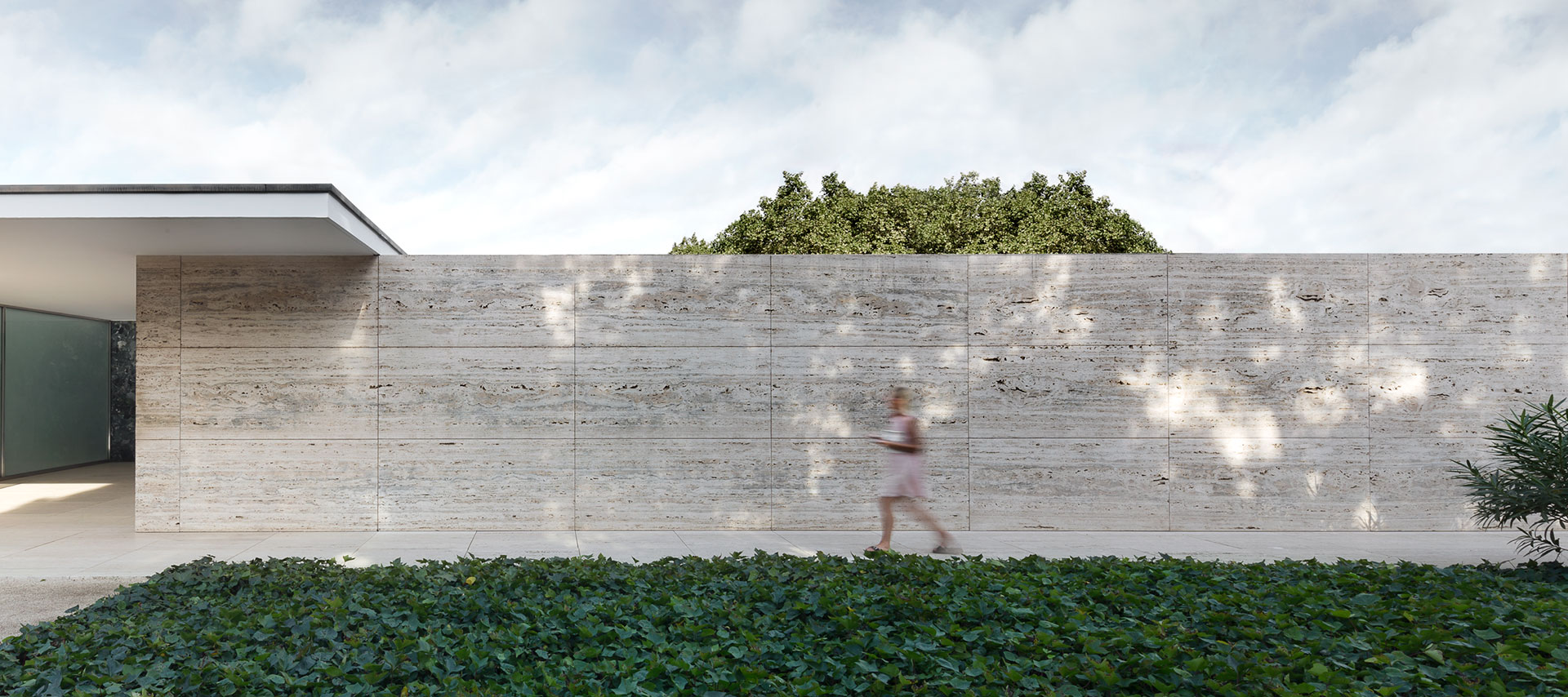 Mies van der Rohe Pavilion. Photograph © Rafa Vargas. Image courtesy of Fundació Mies van der Rohe