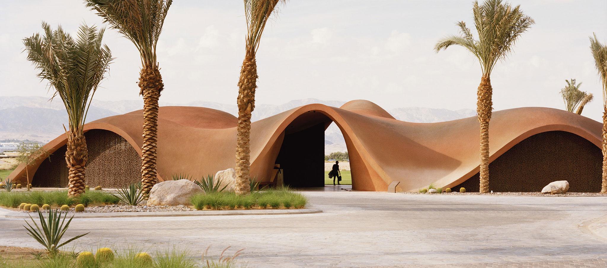 """Ayla Golfclub"" por Oppenheim Architecture. Fotografía de Rory Gardiner. © 2019 Oppenheim Architecture"