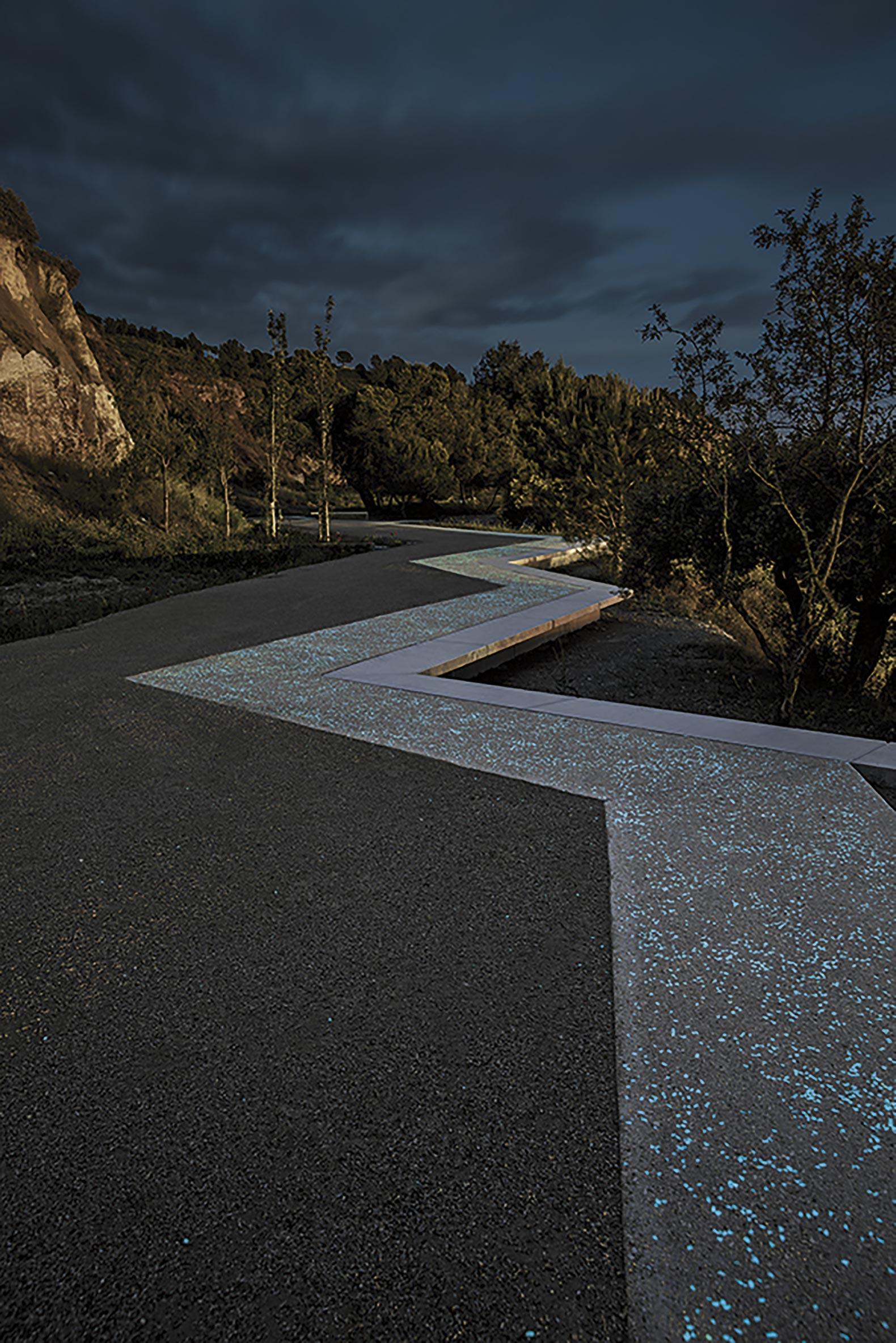 Recuperación de las antiguas minas de yeso de Igualada por Batlle i Roig Arquitectes. Fotografía de Jordi Surroca