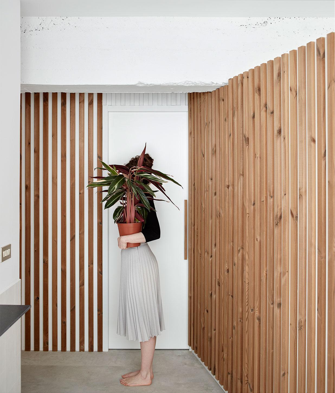 [Vinos El Gaucho] by [baragaño] Architects. Photograph by Mariela Apollonio