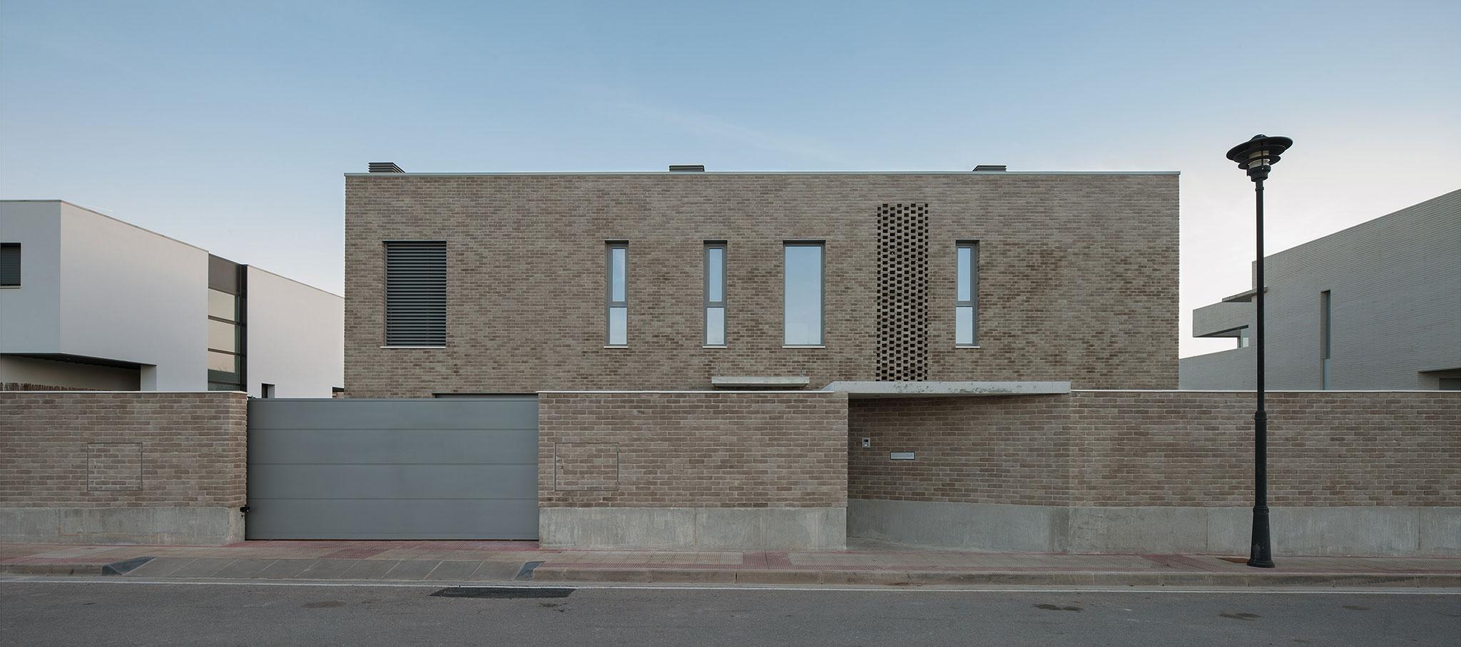 Casa AIM por Esther Vicario Azcona. Fotografía © Josema Cutillas