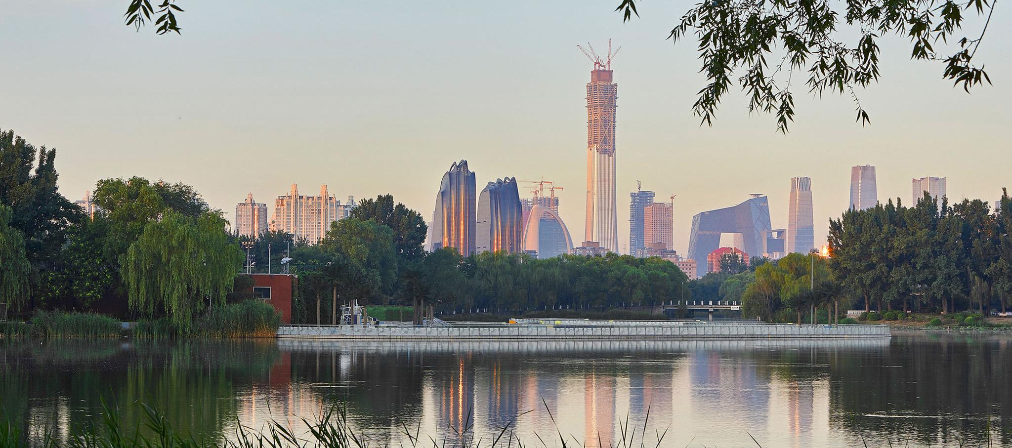 Chaoyang Park Plaza en Pekín por MAD Architects. Fotografía © Hufton+Crow