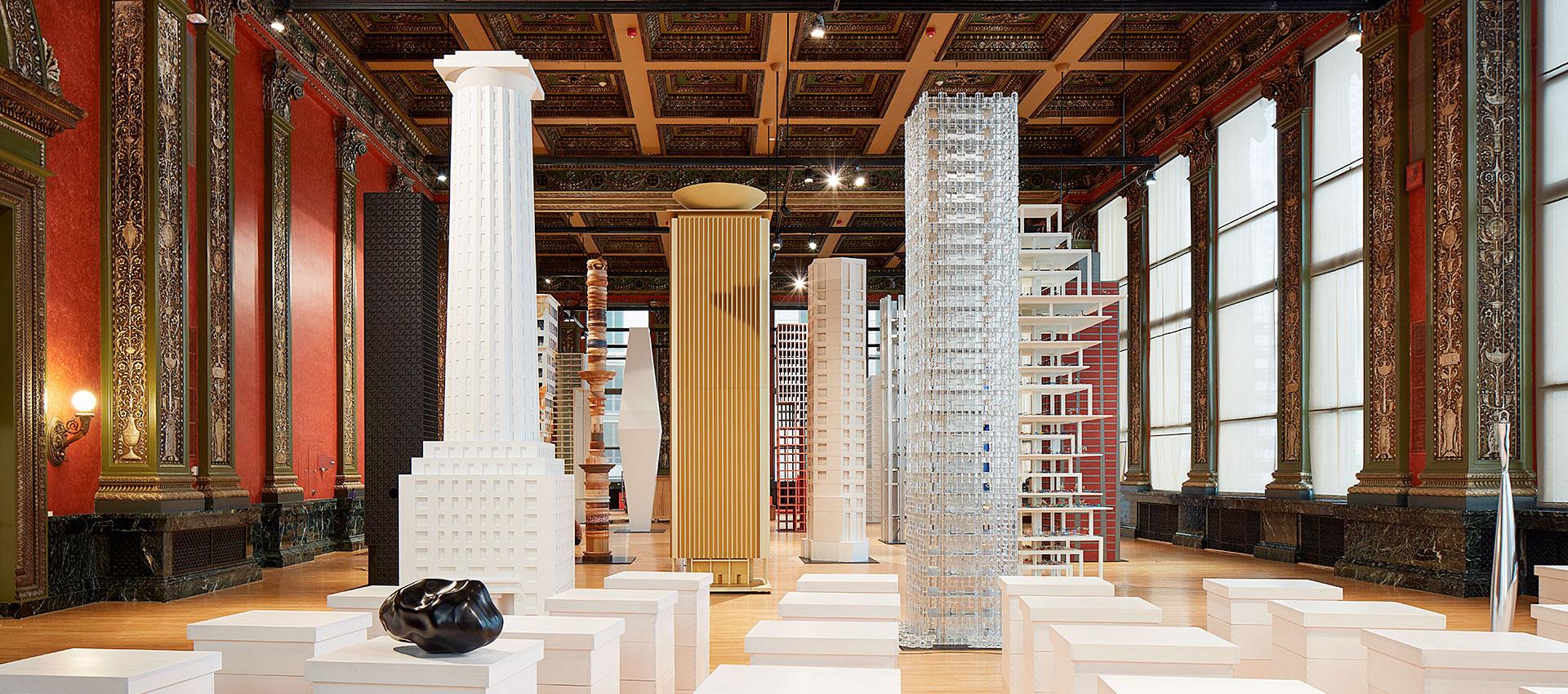 Vertical City exposición en Chicago Architecture Biennial 2017. Fotografía por Steven Hall