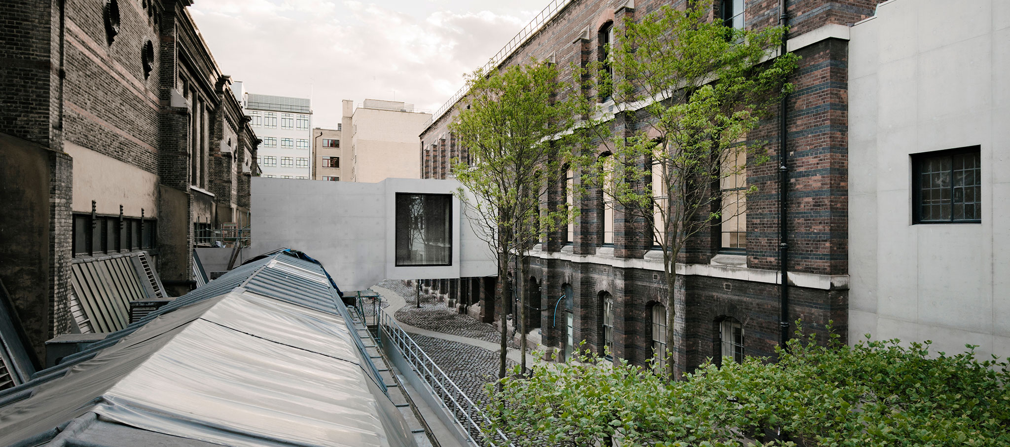 Royal Academy of Arts by David Chipperfield. Photograph by Simon Menges
