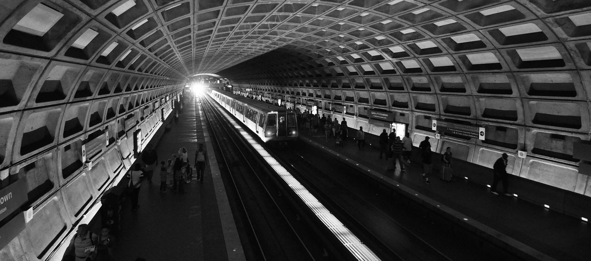 Gallery Place–Chinatown Metro, ejemplos del Mapa Brutalista de Washington por Blue Crow Media en colaboración con Deane Madsen. Fotografía © Deane Madsen