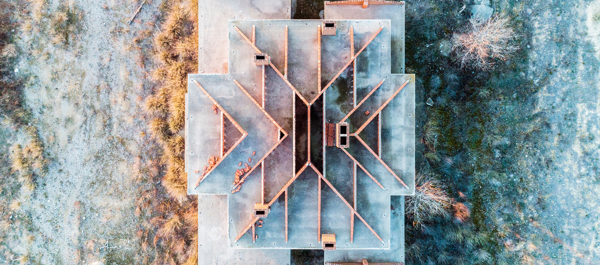 Sand Castles (part II). Winners of DJI Drone Photography Award. Spain's abandoned houses and the European salt ponds. Photograph © Markel Redondo