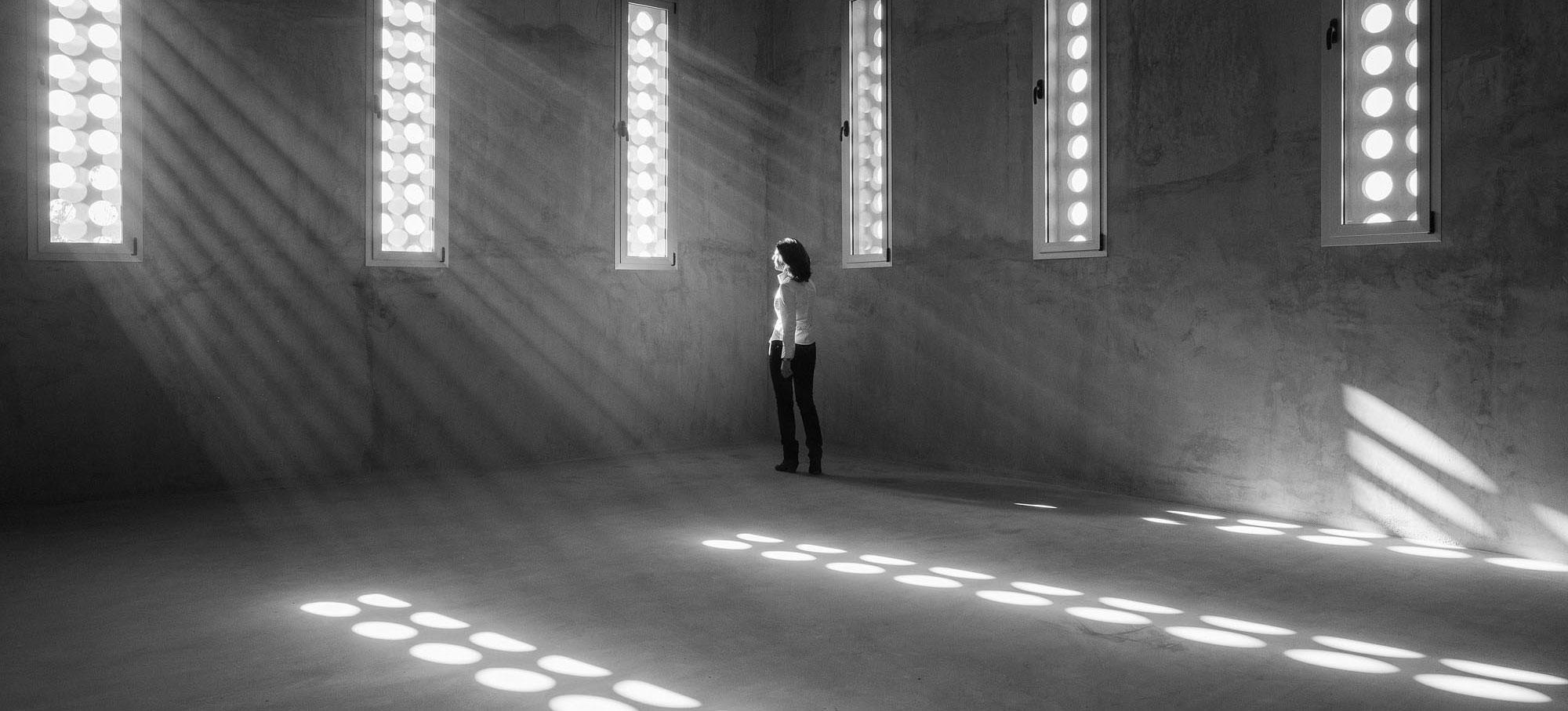 Elisa Valero es la ganadora de la VI edición del Swiss Architectural Award. Fotografía por Fernando Alda