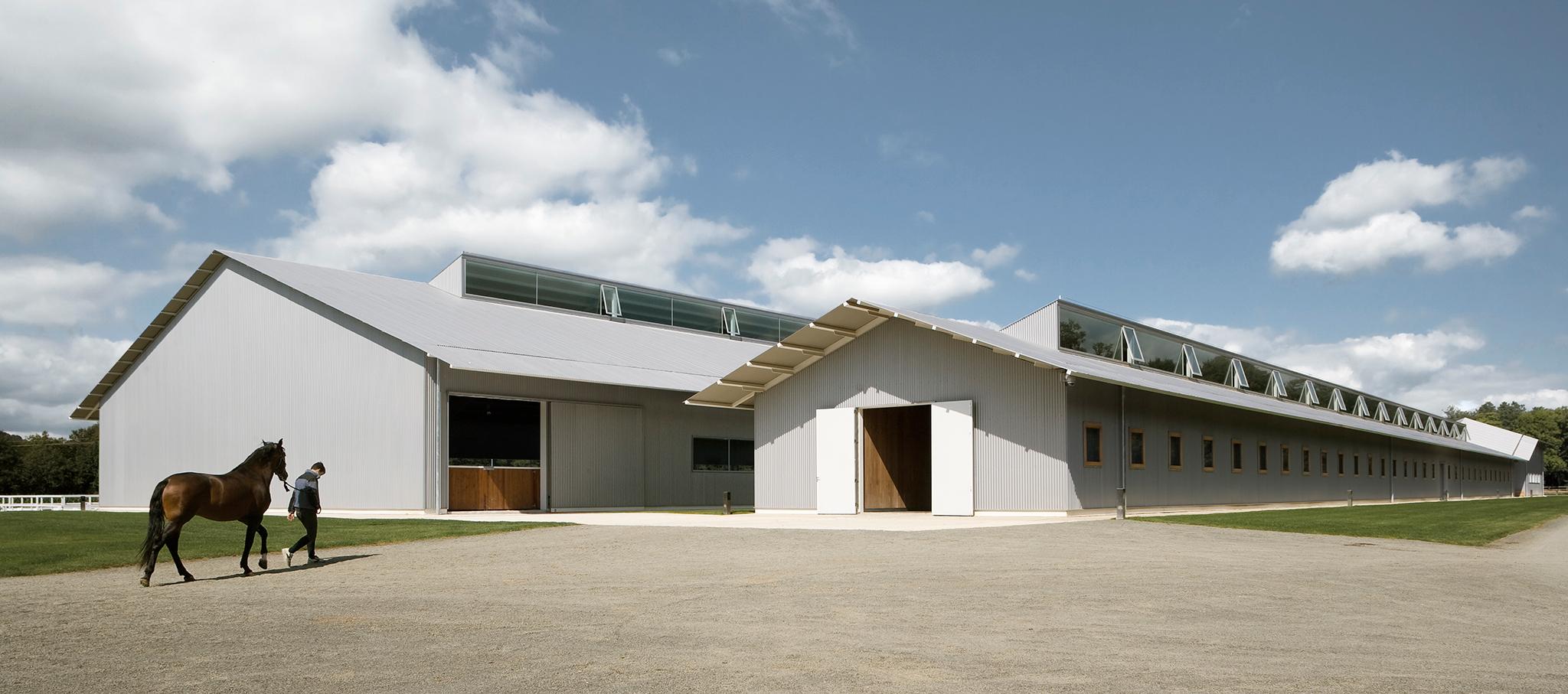 Centro hípico de alto rendimiento por Francisco Mangado. Fotografía © Pedro Pegenaute
