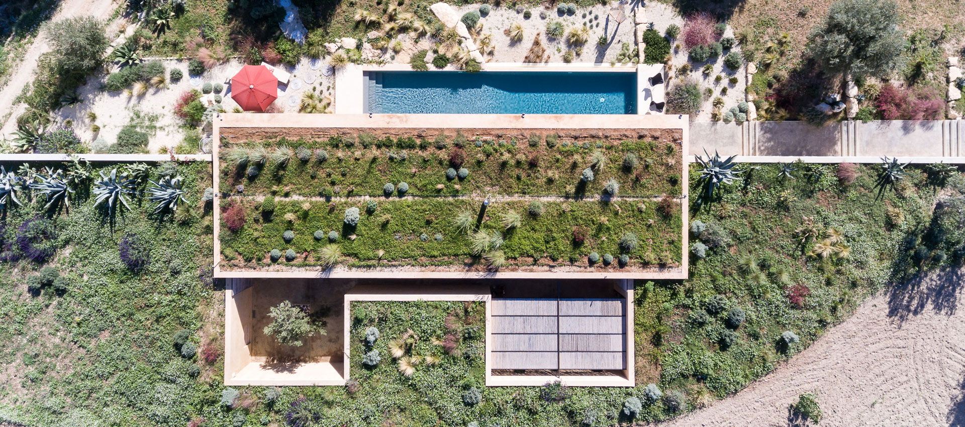 Vista exterior. Casa ECS para un artista de Giuseppe Gurrieri. Fotografía © Filippo Poli