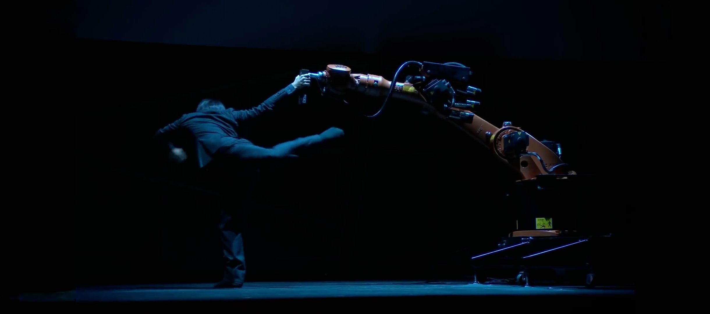 Un dúo entre un humano y un robot. TED2017