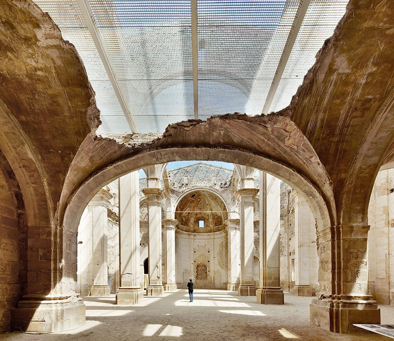 Renovation of old Corbera d'Ebre church. Photograph © José Hevia