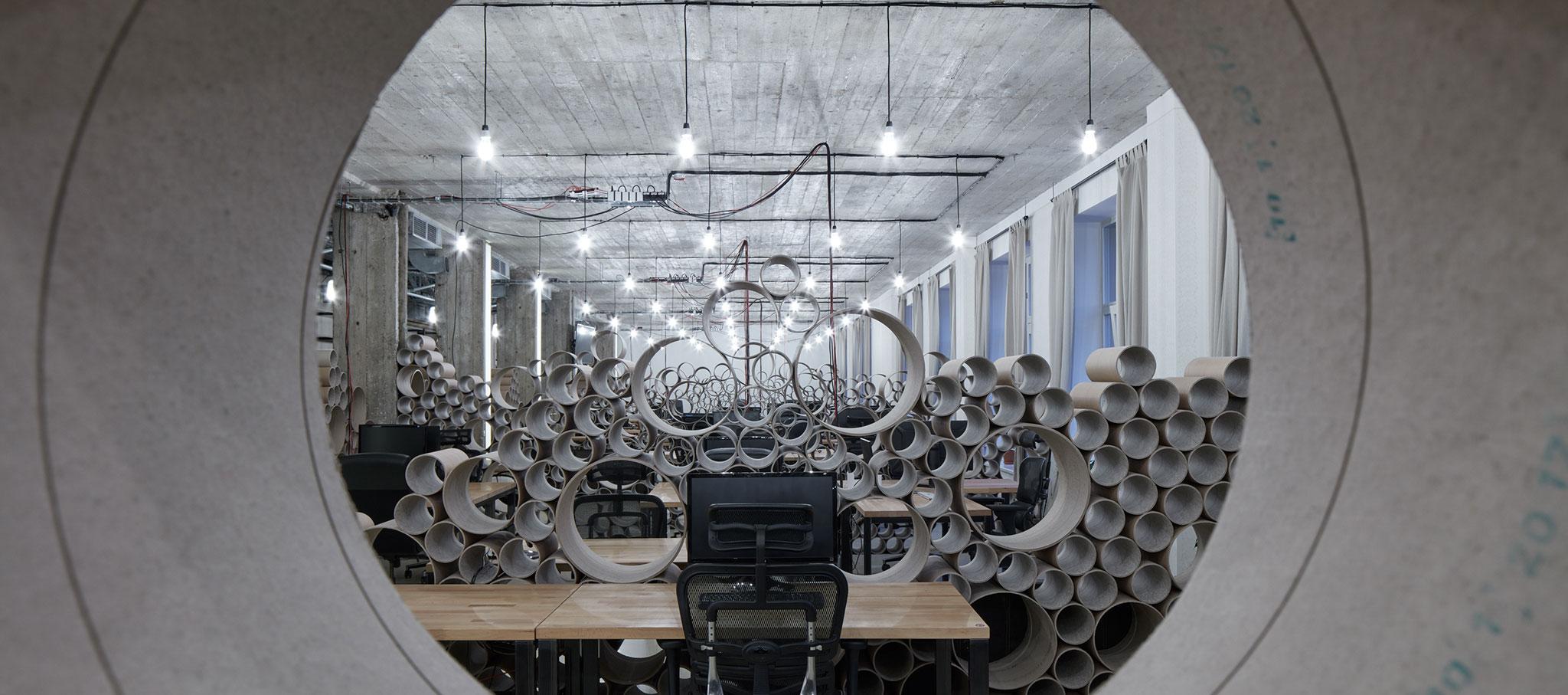 Oficina local para Czech Promotion de Kurz architects. Fotografía por Jakub Skokan and Martin Tůma / BoysPlayNice