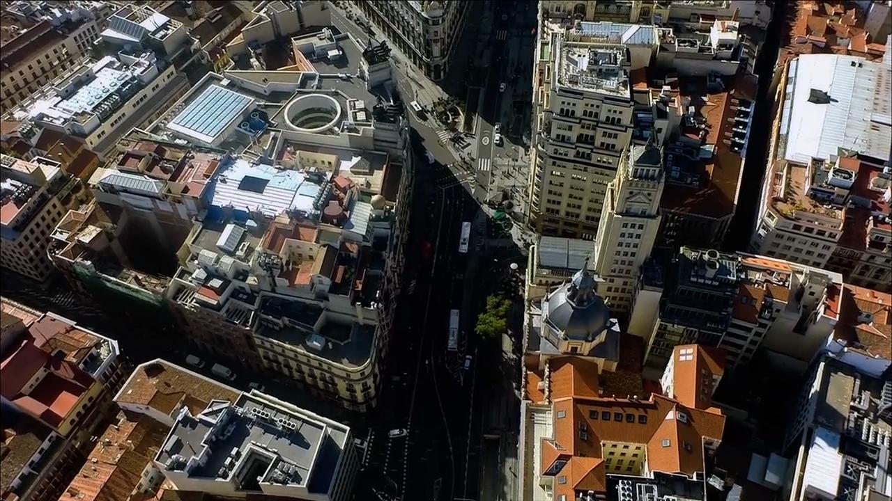 """Imagen de """"MAD//13 - Madrid Aerial Demo-Reel"""" por cromática45"""