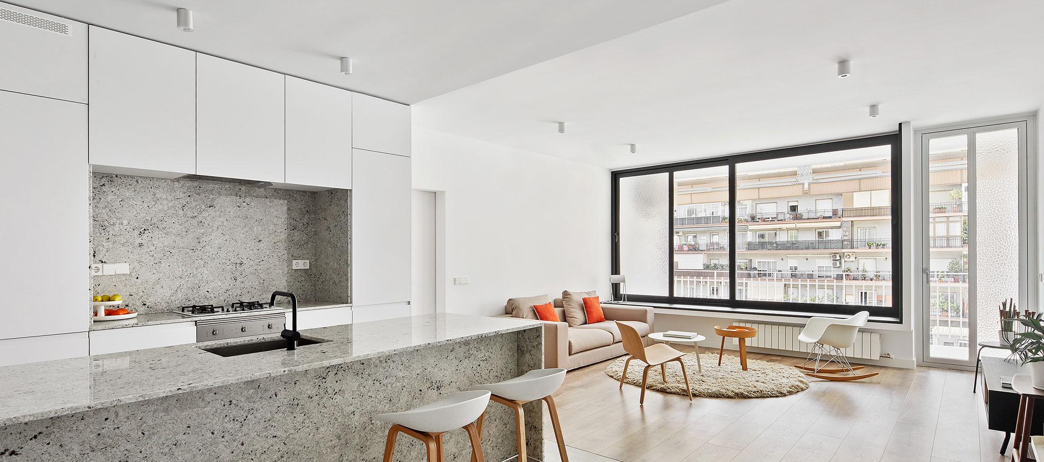 Apartamento Villarroel por Raúl Sánchez architects. Fotografía © José Hevia