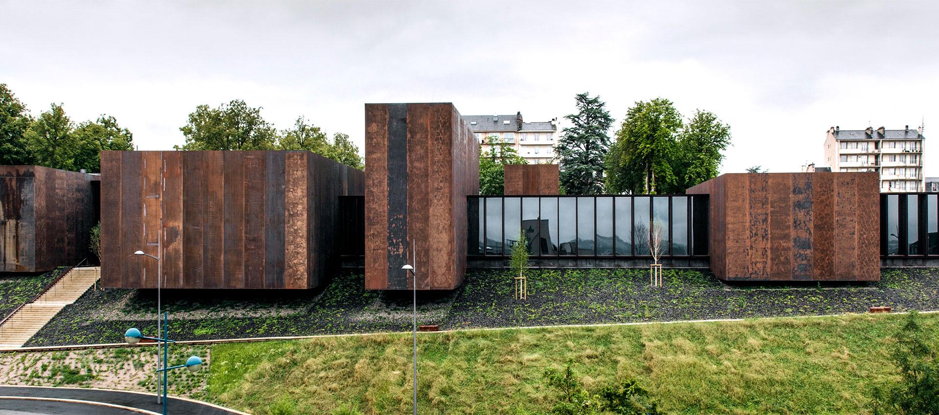 Rafael Aranda, Carme Pigem y Ramon Vilalta, Ganadores del Premio Pritzker de Arquitectura 2017. Imagen © Hisao Suzuki. Cortesía del Premio Pritzker