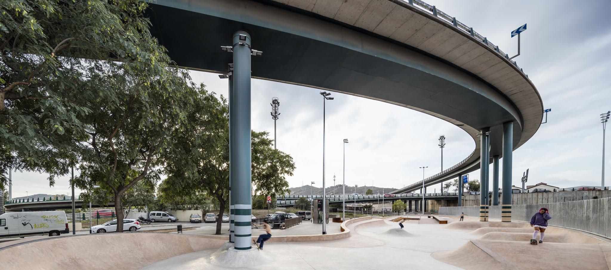 SCOB: Skate Park en Baró de Viver, Barcelona. Fotografía por ®Adria_Goula