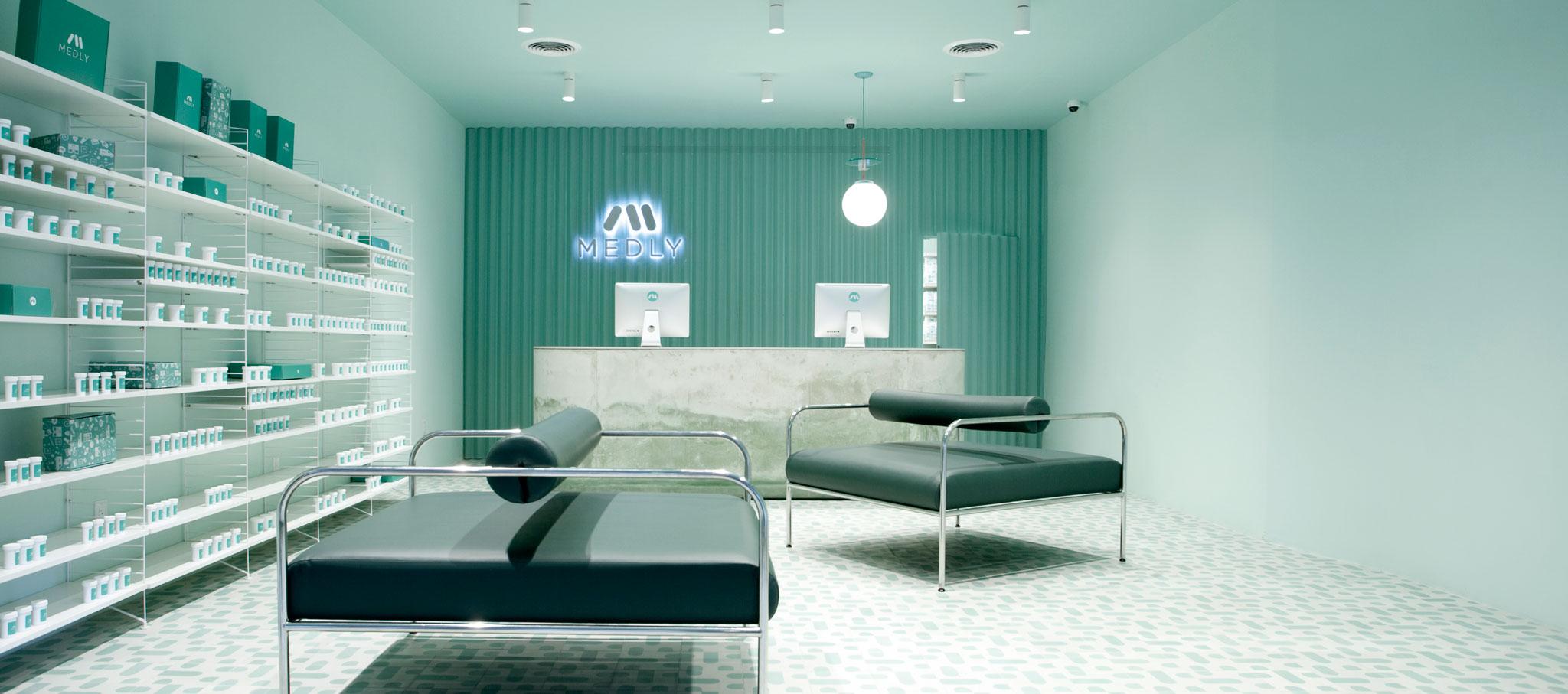 Farmacia Medly por Sergio Mannino Studio. Imagen cortesía de SM Studio