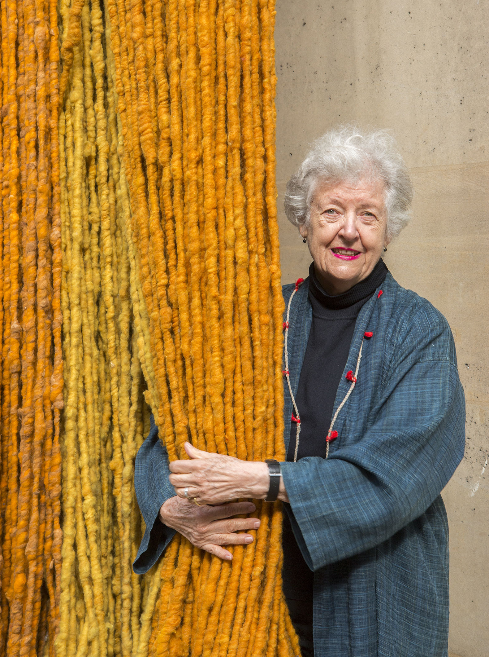"Sheila Hicks presents at the Georges Pompidou Center ""Lignes de vie"" [Life lines]. Photography © Cristobal Zanartu"