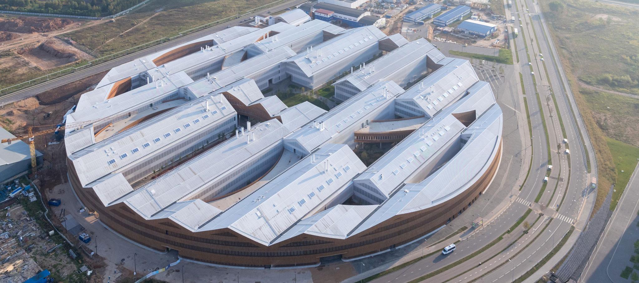 Instituto Skolkovo de Ciencia y Tecnología por Herzog & de Meuron. Fotografía por Iwan Baan