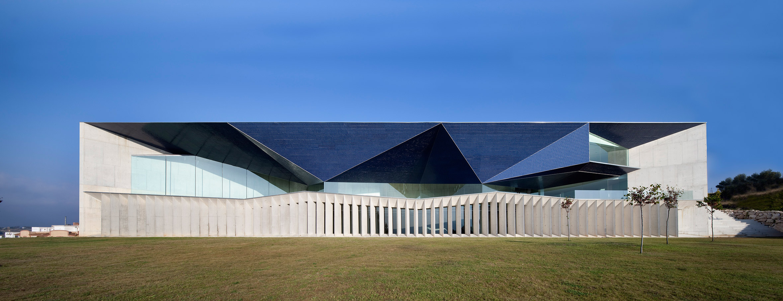 Exterior. Auditorio de Teulada, Teulada-Moraira, Alicante. Photo © Juan Rodríguez