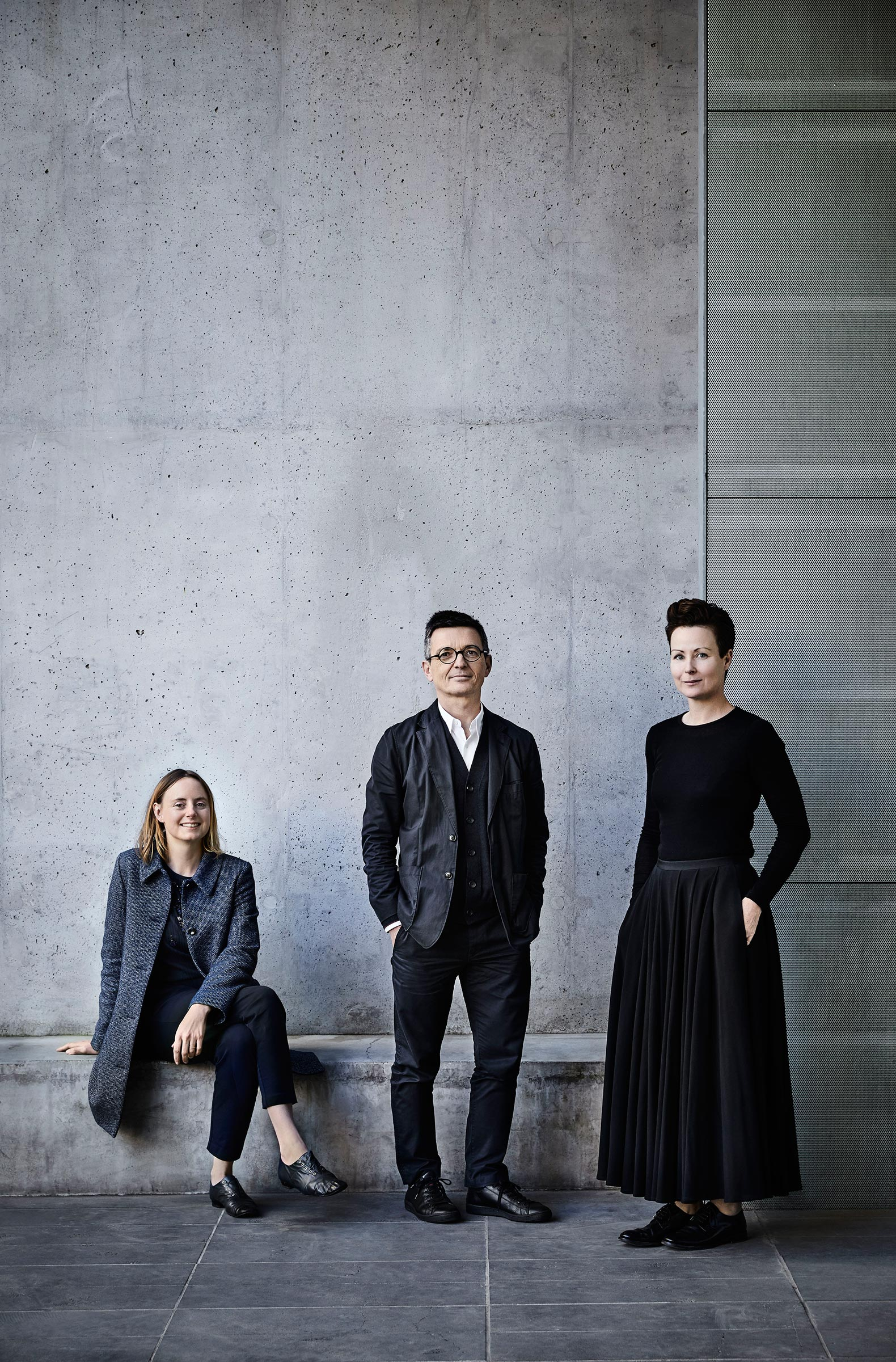 Louise Wright y Mauro Baracco (Baracco+Wright Architects) con Linda Tegg. Fotografía © Sharyn Cairns