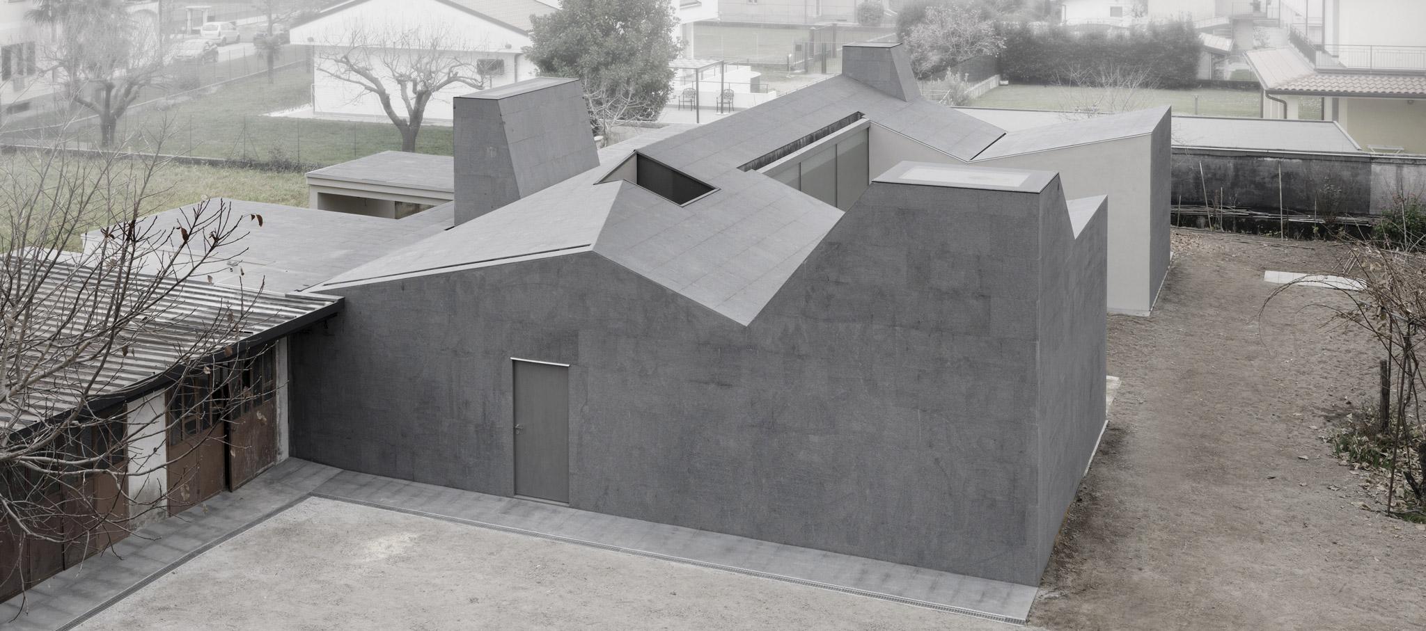 Casa Wiggly por ifdesign. Fotografía © Andrea Martiradonna