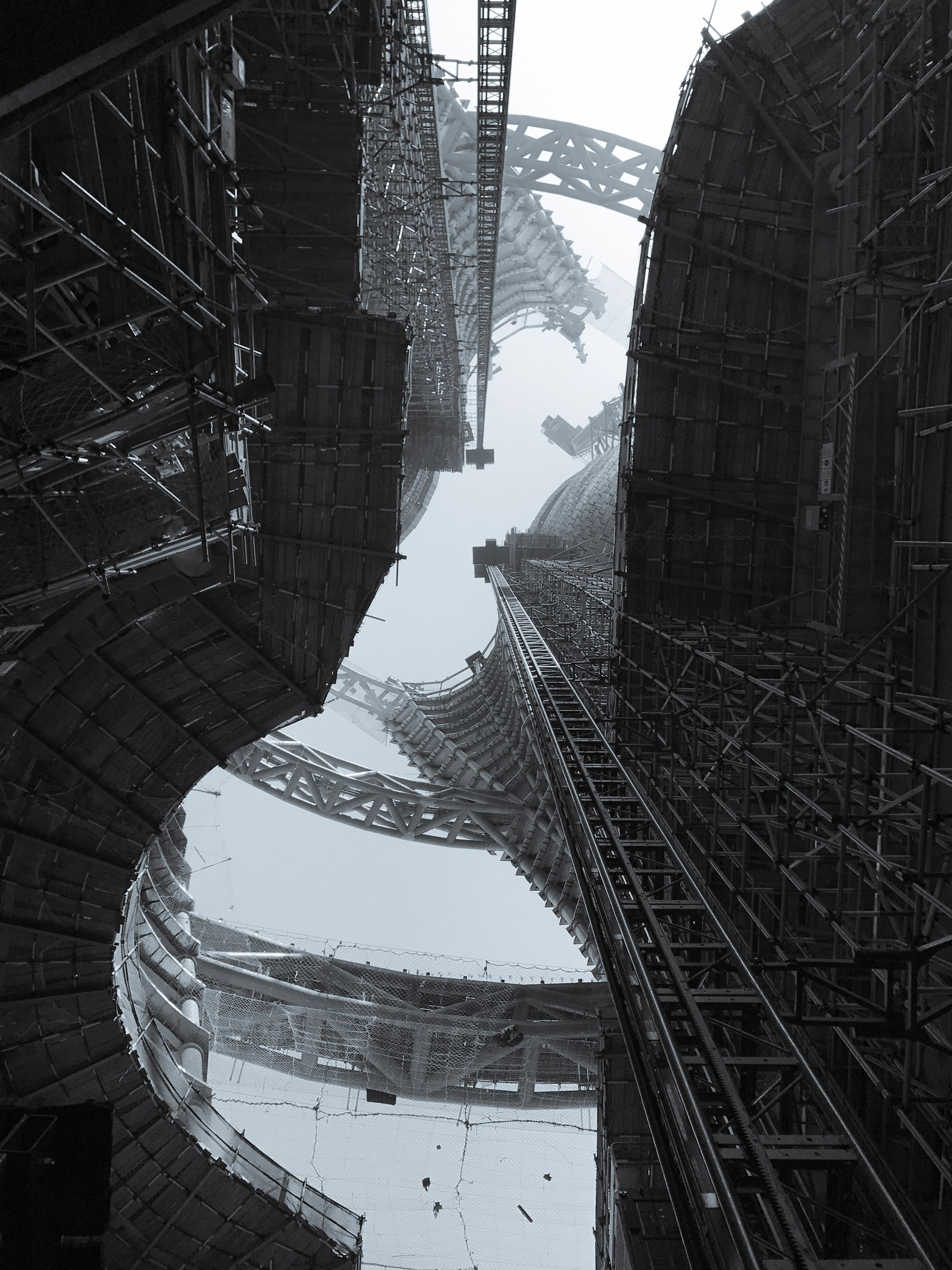 Construction. Leeza SOHO skyscraper by Zaha Hadid Architects. Photograph © Yicheng Yang. Image courtesy of Zaha Hadid Architects and SOHO China