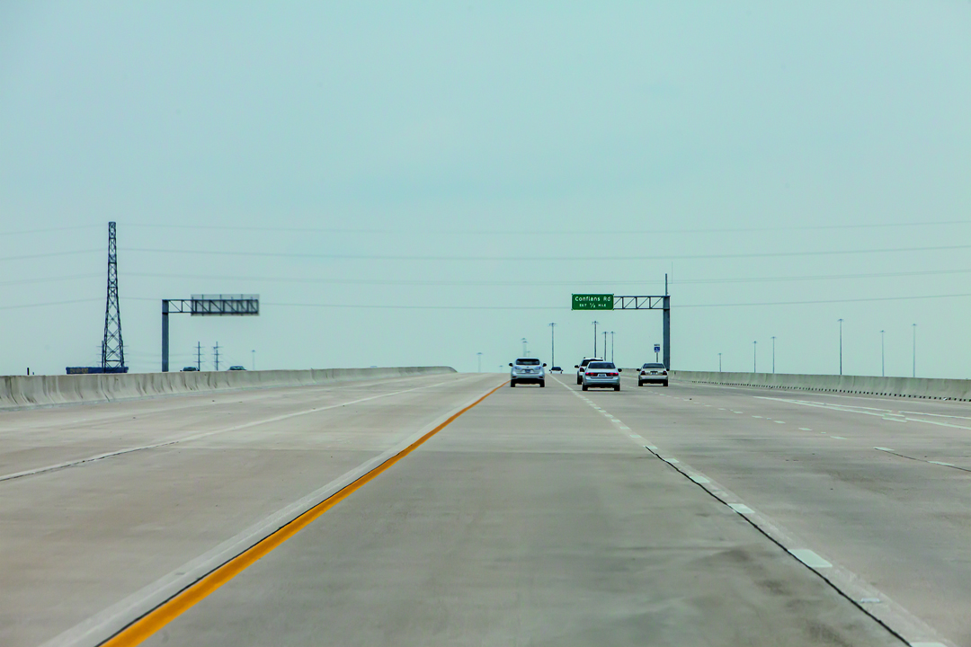 José Manuel Ballester. Autopista North Tarrant Express. Texas, Estados Unidos. Concesión y construcción. Imagen cortesía de CaixaForum Madrid. Fotografía © José Manuel Ballester