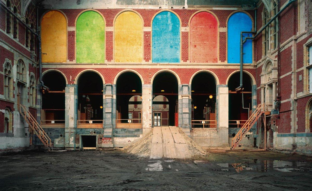 Vestíbulo Principal 2 Rijksmuseum, 2005. Fotografía/papel Kodak Profesional Endura. 178,8 x 291,9 cm | 70,39 x 114,92 inch. Ed. 3 + 1 PA