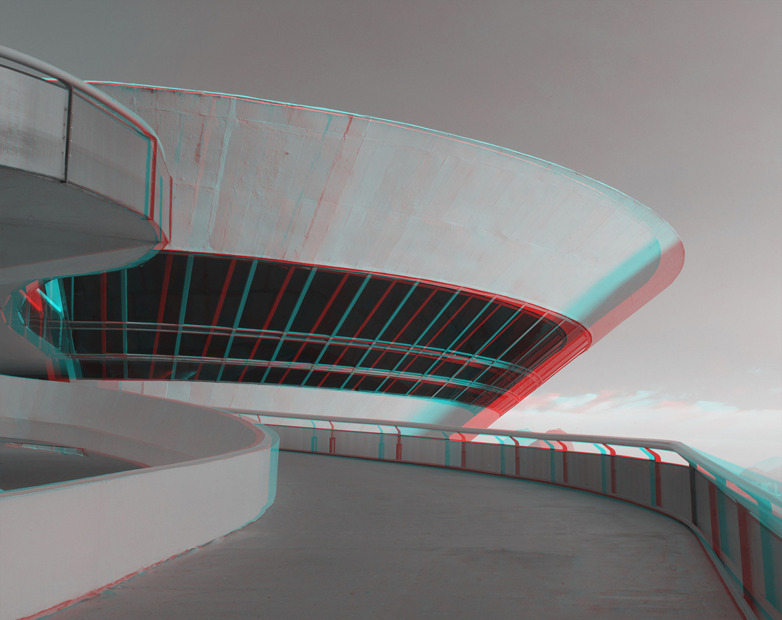 Museum of Contemporary Art (MAC), Niteroi, 1991. Photography by Vicente de Paulo. Courtesy of Paddle8